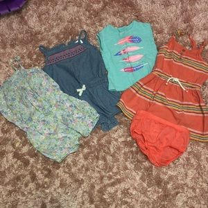 Clothing bundle size 24 months